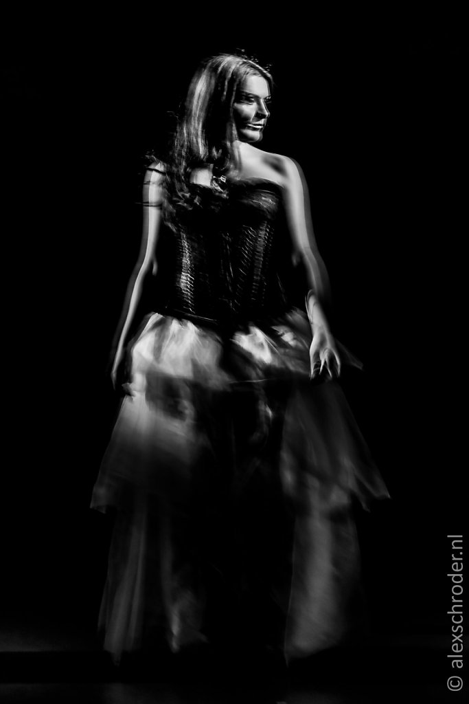 Dark Vocalize